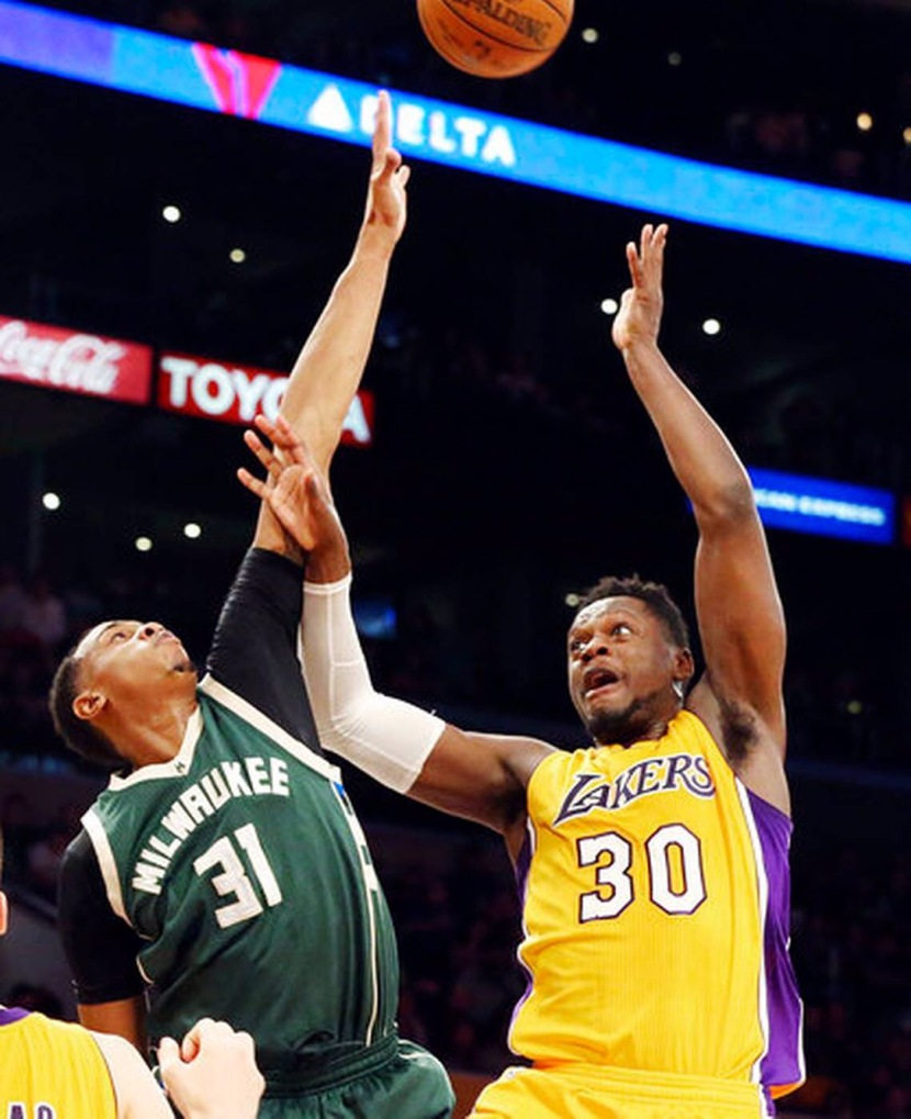 Bucks Draw Their Record Back to .500 by Beating the Lakers 107-103 inL.A.